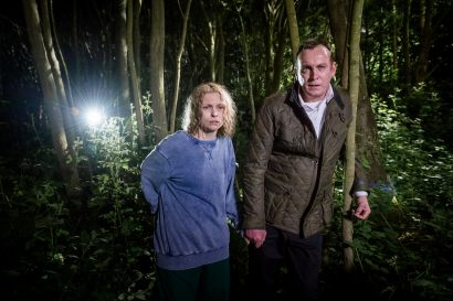 Picture Shows: JULES (Myanna Buring), MURDOCH (Philip Glenister)