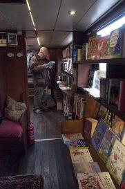 BOK Flytende bokhandel B2